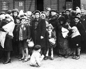 Milano, deportati in partenza dal binario 21
