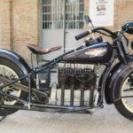 (4) Henderson KJ. Cilindrata 1300cc, anno 1930, quattro cilindri, U.S.A. Strumentazione sul serbatoio.