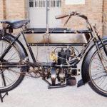 (8) Fabrique Nationale 2,5 HP. Cilindrata 285cc, anno 1912, monocilindro, Belgio. Lubrificazione a mano.