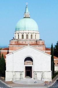 Veduta complessiva del Tempio Ossario