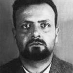 Spinelli ritratto nella foto-scheda segnaletica del Ministero dell'Interno italiano.