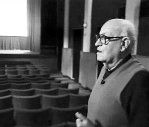 Vincenzo Gianstefani in sala (1994).